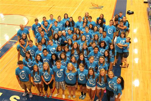"link crew ""link crew is a high school transition program that welcomes freshmen and  makes them feel comfortable throughout the first year of their high school  experience."